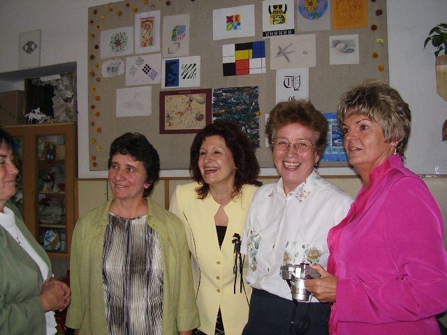 35 nő találkozó)
